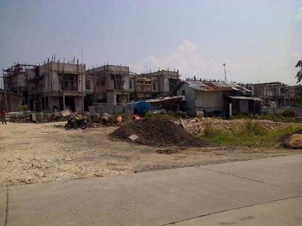 ruko-baru-di-kawasan-centronia-apartement-sentul-city-i
